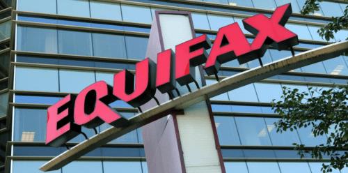 Equifax выплачивает 700 миллионов долларов из-за утечки информации, информационная безопасность специальность зарплата Санкт-Петербург