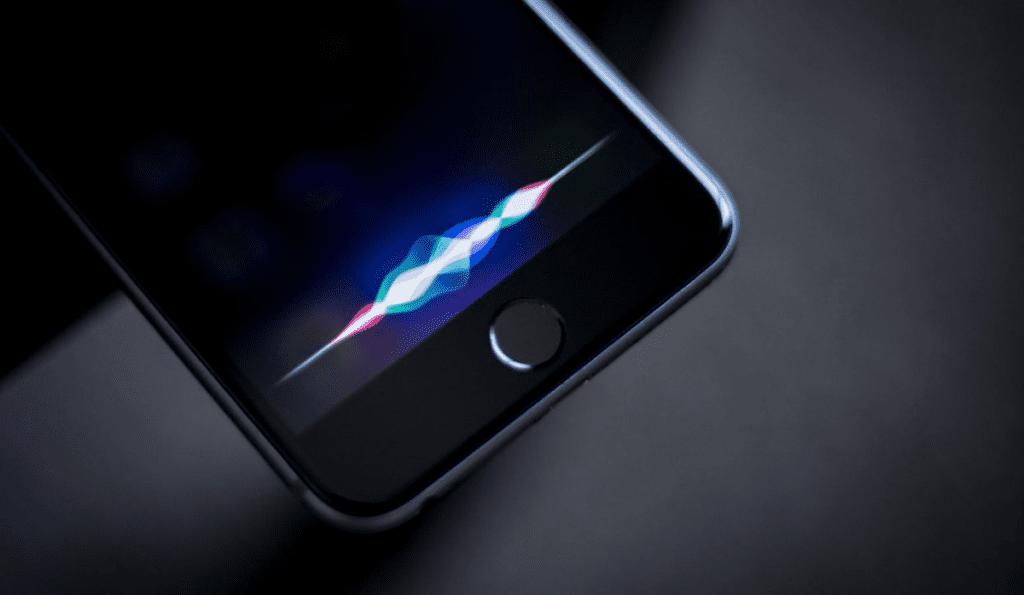 Apple запретили слушать разговоры пользователей с Siri, обучение техническая защита информации Новосибирск