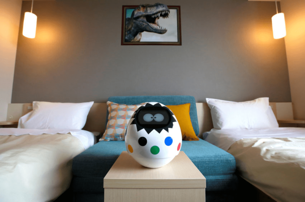 Роботы в отелях в Японии следили за посетителями, основы кибербезопасности в информационно образовательном пространстве Омск