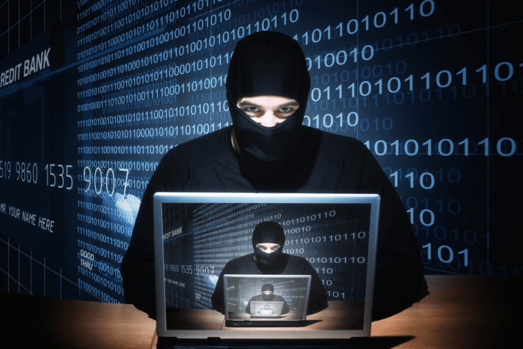 От фиктивной премии «Лайк года 2020» пострадали пользователи, специалист по защите информации в телекоммуникационных системах и сетях Киев